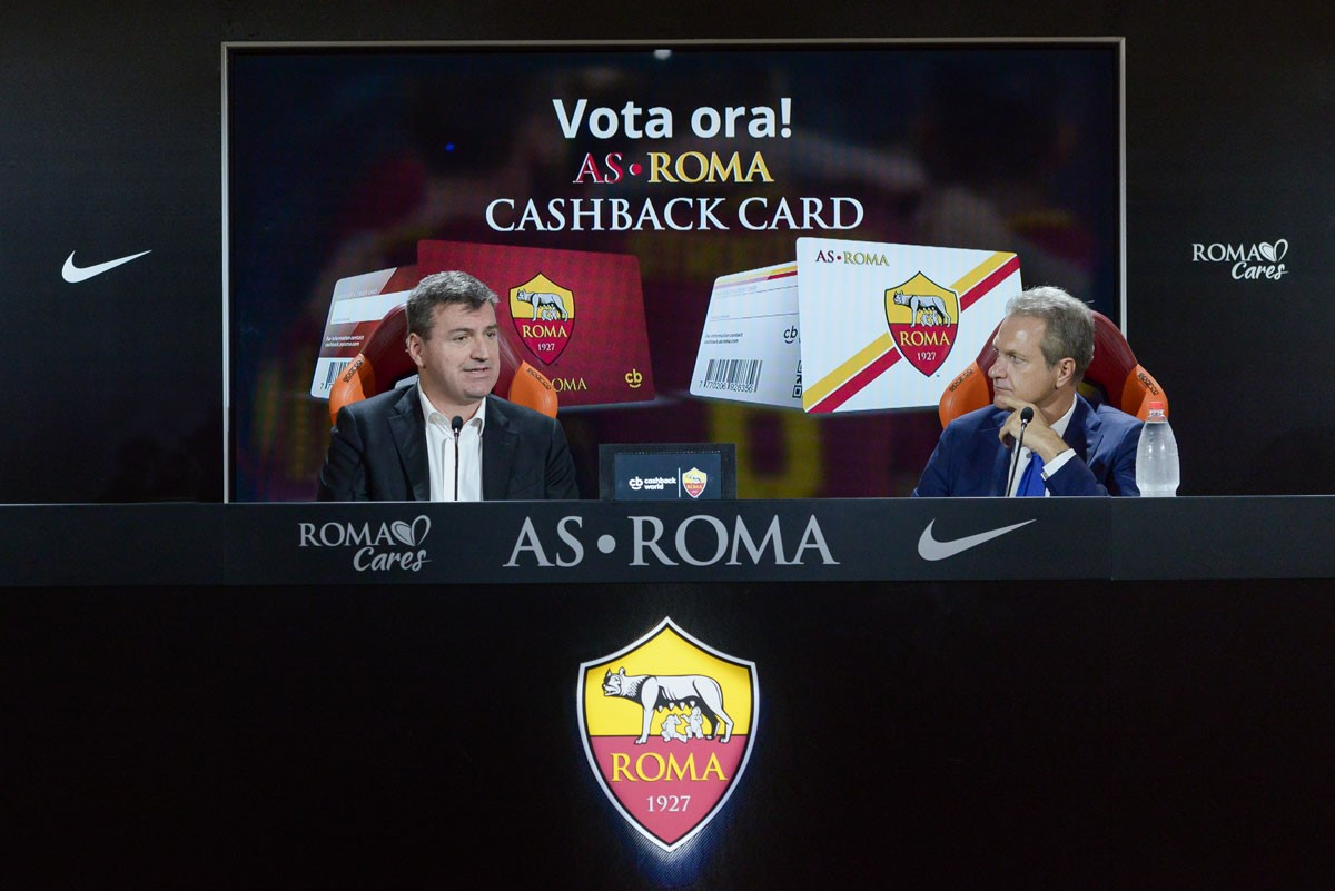 https://www.promotionmagazine.it/wp/wp-content/uploads/2017/11/201711-Press-conference-AS-Roma-Picture.jpg