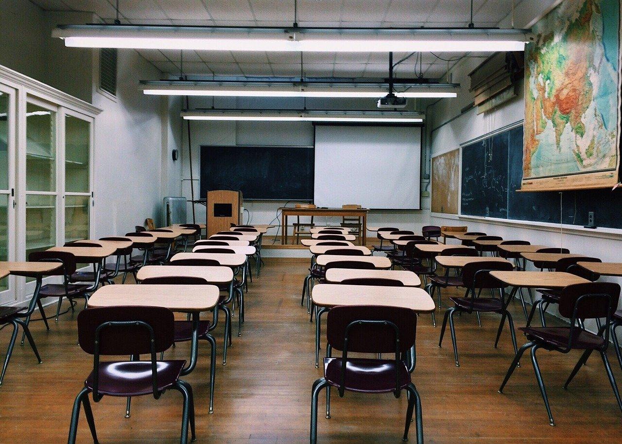 https://www.promotionmagazine.it/wp/wp-content/uploads/2020/09/classroom-.jpg