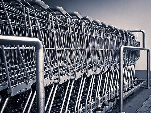 https://www.promotionmagazine.it/wp/wp-content/uploads/2021/05/shopping-carts-1275480_640.jpg